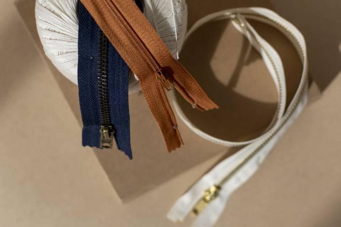 110-essentiel-couture-fermetures-a-glissière.jpg